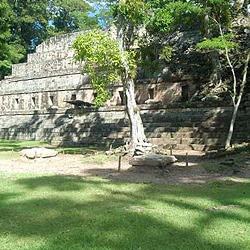 Maya Caribben ambience. Central America Tour