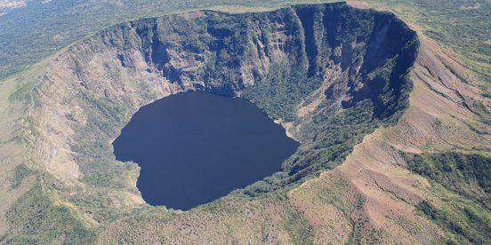 Volcán Cosigüina en Nicaragua. Golfo de Fonseca