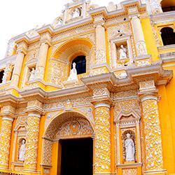 Viaje religioso a través de Guatemala y El Salvador