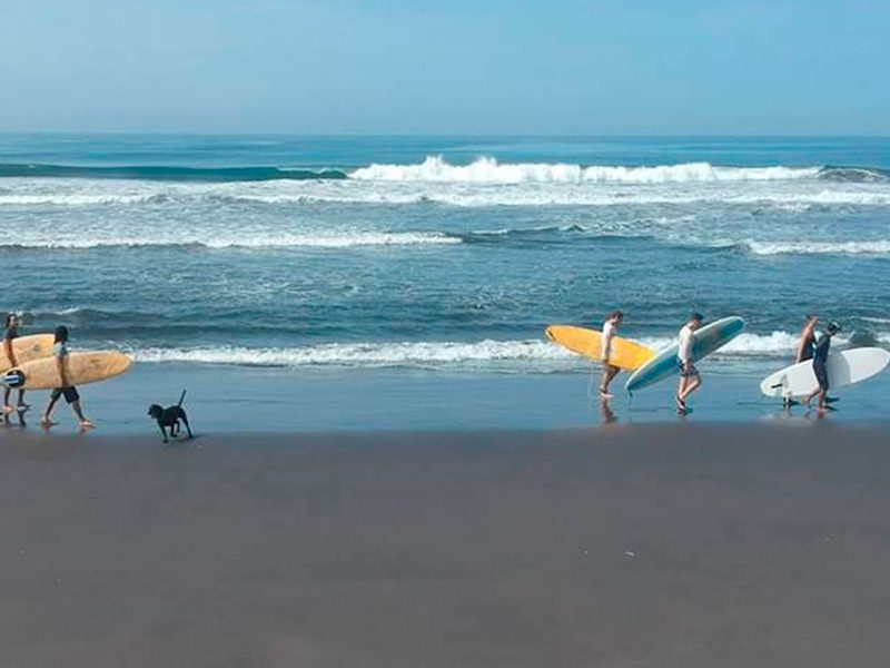 Surf Centroamérica - El Paredón - Guatemala